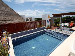 Large PH w Private Pool & Ocean Breeze - Wayak 302 - Playa del Carmen vacation rentals
