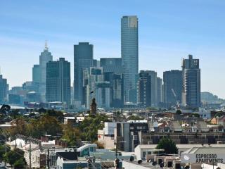 402/77 Nott Street, Port Melbourne, Melbourne - Melbourne vacation rentals