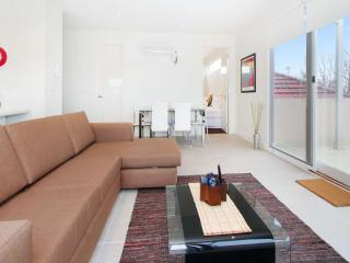 12/114a Westbury Close, St Kilda East, Melbourne - St Kilda East vacation rentals