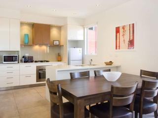 13/114a Westbury Close, St Kilda East, Melbourne - St Kilda East vacation rentals