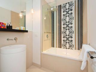 219/27 Herbert Street, St Kilda, Melbourne - St Kilda vacation rentals