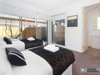 18/******* Hawthorn Road, Caulfield, Melbourne - Caulfield vacation rentals