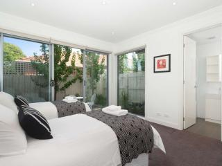16/293-295 Hawthorn Road, Caulfield, Melbourne - Caulfield vacation rentals