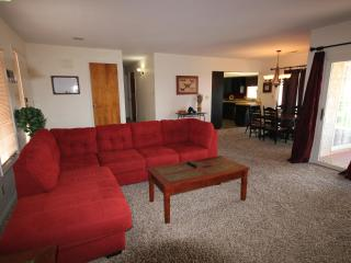 3 bedroom Condo with Internet Access in Saint George - Saint George vacation rentals
