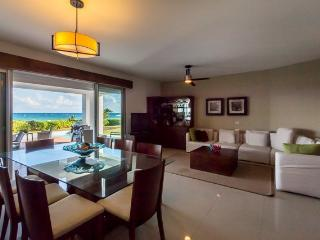 Condo Mareazul (106S) - A modern beachside condominium with more amenities than you can imagine - Playa del Carmen vacation rentals