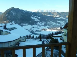 Beautiful Condo with Internet Access and Television - Saint Johann im Pongau / Alpendorf vacation rentals