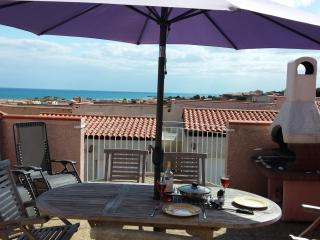Mediterranean Beach Villa: Seaview Terraces Garden - Narbonne-Plage vacation rentals