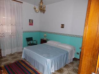 appartamento ristrutturato comodo ed arredato nuov - Casteldaccia vacation rentals