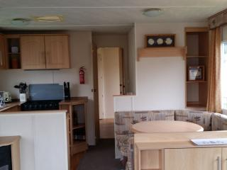 3 bedroom Caravan/mobile home with Television in St Osyth - St Osyth vacation rentals