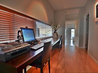 Pounamu Apartments - 2 BR Premier Apartment - 33 - Queenstown vacation rentals