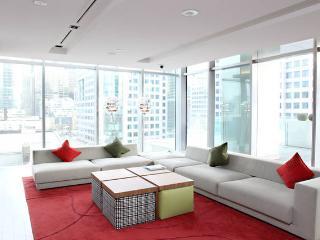 Luxury Celeb TIFF Condo A++ Location - Toronto vacation rentals