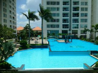 GREAT HOLIDAY CITY-RIVER VIEW APARTMENT IN HCMC!!! - Ho Chi Minh City vacation rentals