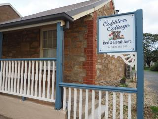 Cobblers Cottage B & B - Willunga vacation rentals