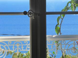 La Maison de la Mer à Cavalaire - Cavalaire-Sur-Mer vacation rentals