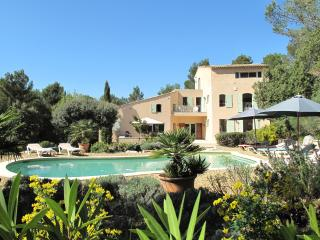 Les Magnanarelles, 4 bedrooms, 8 people, - Lourmarin vacation rentals