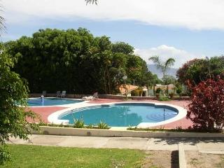Nice Villa with Deck and Internet Access - Ajijic vacation rentals
