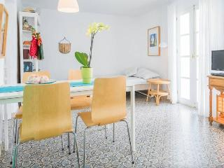 Lovely apartment in the old town - Frigiliana vacation rentals
