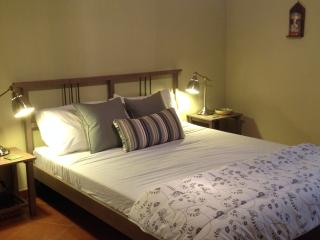 Hideaway apartment/flat in Caccamo with wifi - Caccamo vacation rentals