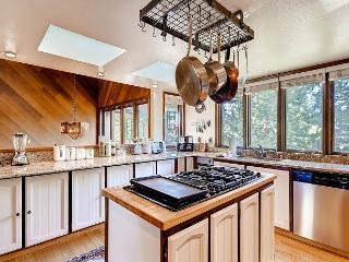 Mountain Chalet - Hot Tub - Sauna - 3400 sq' 1 blk to Pools and Beach - South Lake Tahoe vacation rentals