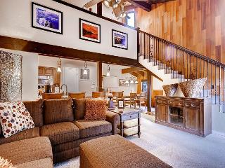 Best 2BR+Loft condo in Lakeland Village, 4 Min. to Heavenly, Private Shuttle - South Lake Tahoe vacation rentals