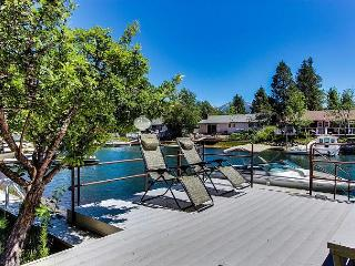 Tahoe Keys Home, Waterfront, Boat Dock, Hot Tub, Pool Table, Sauna, Families! - South Lake Tahoe vacation rentals