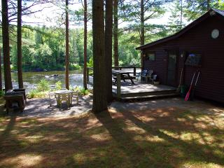 Whitepine Cottage on the York River - Bancroft vacation rentals