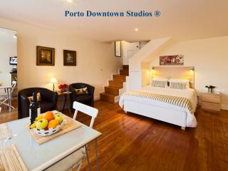 Porto Downtown Studio 3 - Charming - Porto vacation rentals