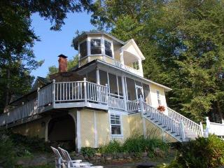 Bright Cottage with Internet Access and Parking - Bala vacation rentals