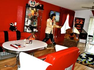 For Every Elvis Fan - King Condo At Holiday Hills - Kirbyville vacation rentals