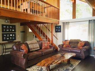 Walk to Slopes! Upgraded Cabin, Ideal Location! - City of Big Bear Lake vacation rentals