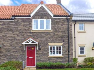 THE BEACH RETREAT, open plan living, on-site facilities, on modern holiday village, in Filey, Ref 921478 - Filey vacation rentals