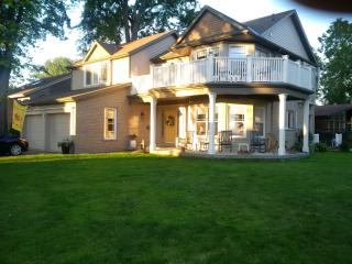 "Tigh-na-Mara ""The Lochview Room"" - Saint Catharines vacation rentals"