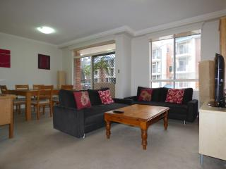 BUCHN - Balmain Apartment with Indoor Pool and Gym - Sydney vacation rentals