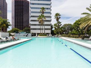 Sunny Santa Monica Views . . . - Los Angeles vacation rentals