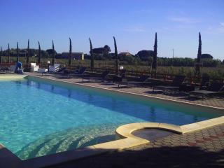 IL VIVAIO 4 - Tarquinia vacation rentals