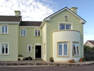 3 bedroom Cottage with Tennis Court in Clifden - Clifden vacation rentals