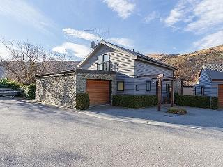 Arrow on the Green - Arrowtown vacation rentals