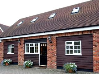 Chequers Lodge: Luxury Country Home, 20ml C.London - Watford vacation rentals