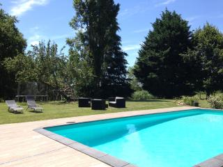 Charming 3 bedroom Gite in Bergerac with Internet Access - Bergerac vacation rentals