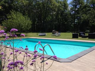 Charming 2 bedroom Gite in Bergerac with Internet Access - Bergerac vacation rentals