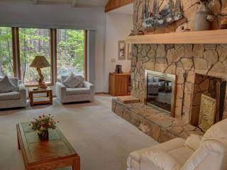 5 bedroom House with Short Breaks Allowed in Sisters - Sisters vacation rentals