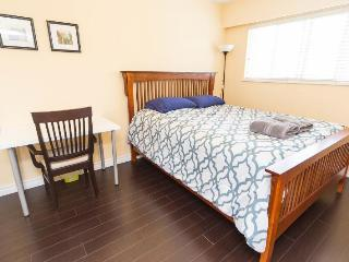 Beautiful Private queen bedroom2 in great location - Vancouver vacation rentals