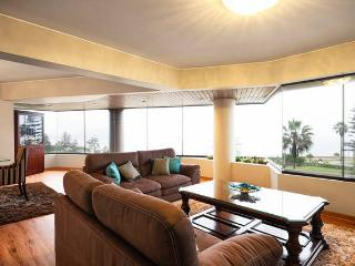Miraflores- Luxury Upscale Direct Oceanfront condo - Lima vacation rentals