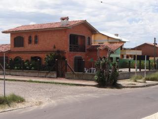 Nice House with Internet Access and Satellite Or Cable TV - Xangri La vacation rentals