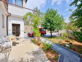 Bright Baska Studio rental with Internet Access - Baska vacation rentals