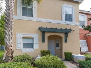 EMERALD ISLAND (8452CCL) - 3BR 2.5BA townhome, gated Resort, 10 min to Disney - Kissimmee vacation rentals