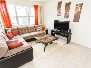 699$p/week Luxury Condo,Big Deck,BBQ. Compass Bay - Kissimmee vacation rentals