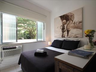 Charming 1 bedroom Apartment in Rio de Janeiro with Internet Access - Rio de Janeiro vacation rentals