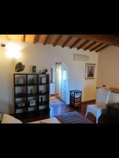 Romantic 1 bedroom Sesto Fiorentino House with A/C - Sesto Fiorentino vacation rentals