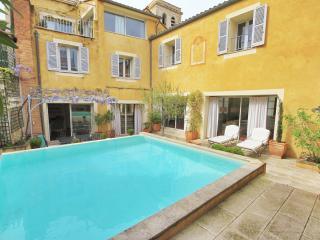 Unique Avignon centre 290m2, terrasse, piscine - Avignon vacation rentals